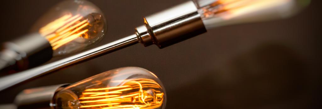 Lightbulb image from johnnysilvercloud on Flickr